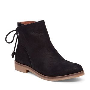 Lucky brand gwenore back tie boots